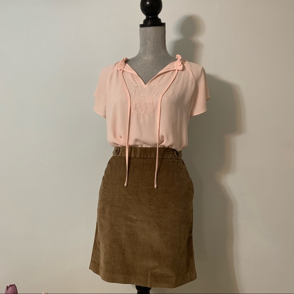 Banana Republic Dresses & Skirts - EUC Banana Republic Brown Corduroy Skirt Sz 2
